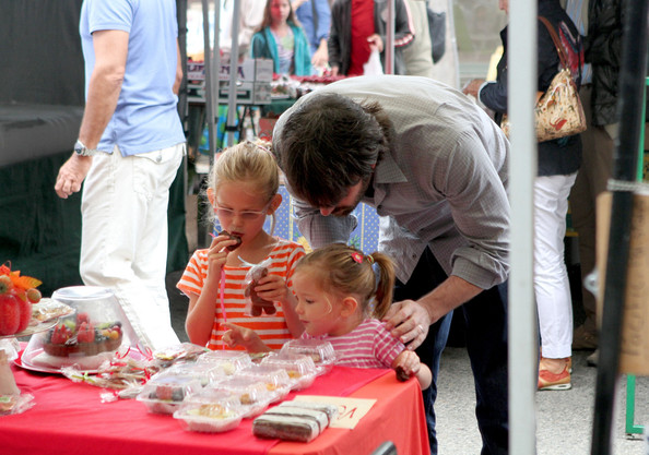 Ben Affleck takes his daughters Violet and Seraphina to the Farmers Market