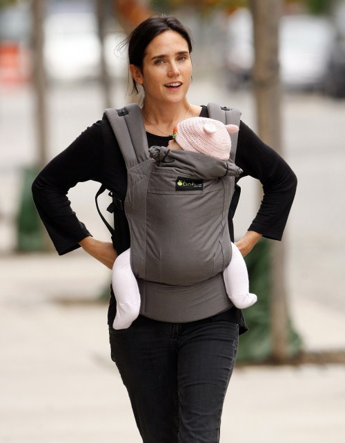 Jennifer Connelly goes out for a walk with baby Agnes Bettany in NYC, NY on October 13, 2011.