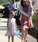 Jennifer Garner took her two girls, Violet and Seraphina, to the Getty museum with a friend in Los Angeles, California on October 9th, 2011.