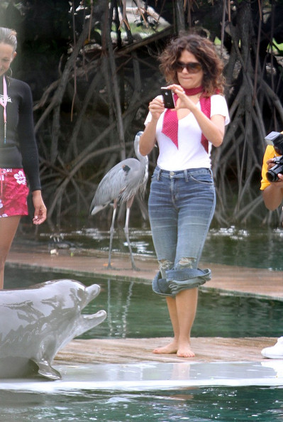 Salma Hayek and Valentina at the Miami Seaquarium