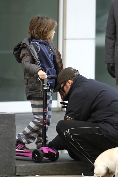Hugh Jackman Taking His Daughter Ava To School In New York