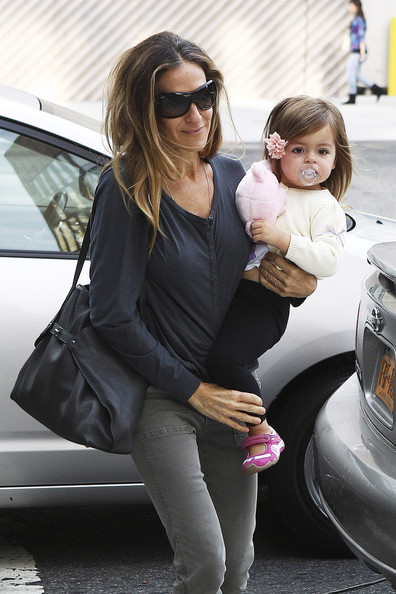 Sarah Jessica Parker Takes Her Twins Out For The Day