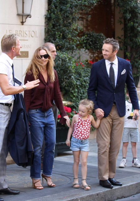 Stella McCartney leaves her fashion show with her husband Alasdhair Willis, daughter Bailey Willis and son Miller Willis during Fashion Week in Paris, France on October 3, 2011.