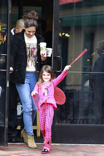 Suri Cruise Dresses Up as a Lady Bug