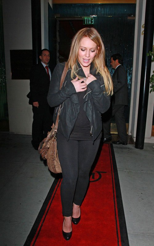 Hilary Duff At Mastro's steakhouse in Beverly Hills, California – November 29, 2011