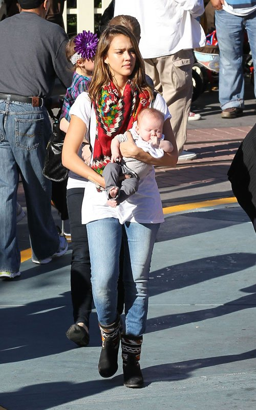 Jessica Alba with Cash Warren and their two girls Honor Marie and Haven Garner at Disneyland in Anaheim, CA on Saturday (November 26)