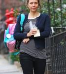 Maggie Gyllenhaal Picks Her Daughter Ramona Up From School