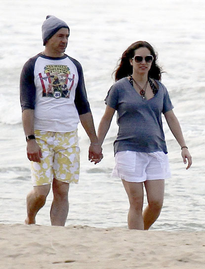 Robert Downey Jr Vacations With Pregnant Wife