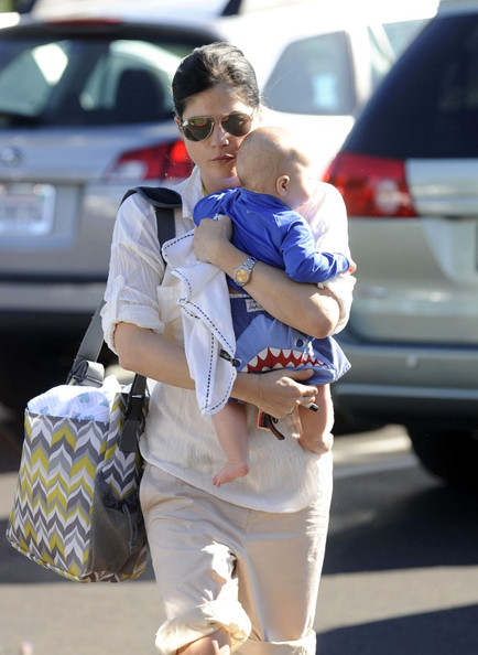 Selma Blair Brings Son To Tennis