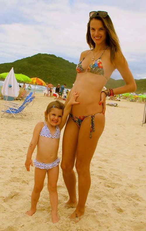 alessandra ambrosio shows off baby bump with anja