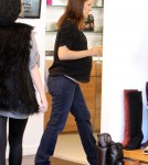 Pregnant actress Jennifer Garner goes shopping in Los Angeles, CA on December 8, 2011