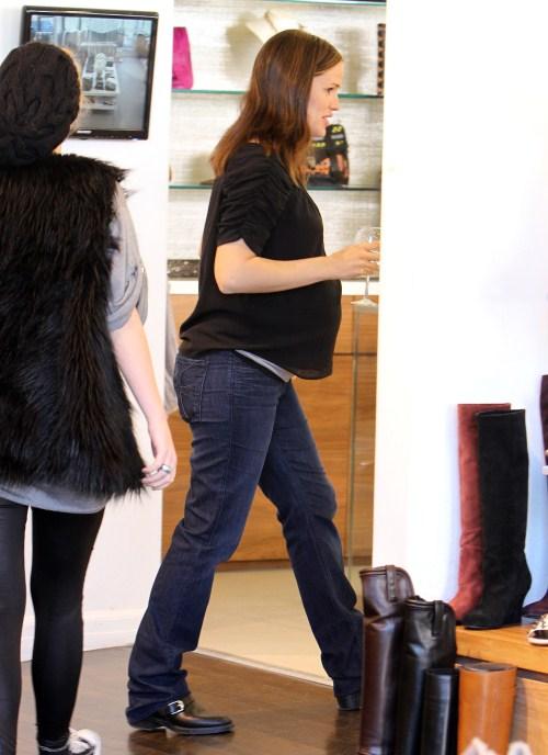 Pregnant actress Jennifer Garner goes shopping in Los Angeles, CA on December 8, 2011