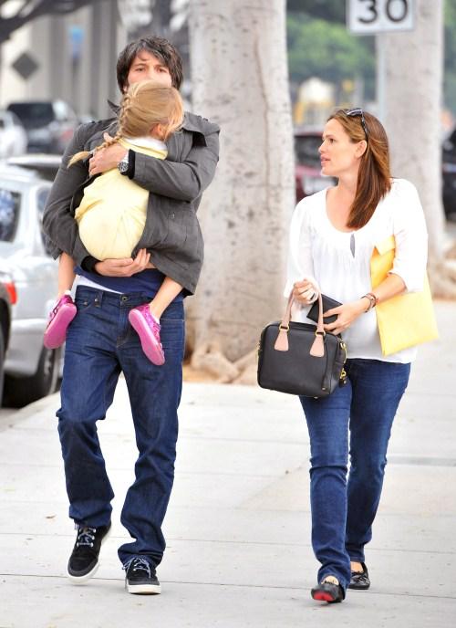 Ben Affleck And Jennifer Garner Pregnant