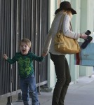 """Modern Family"" star Julie Bowen and her son Oliver spend the day together shopping in Los Angeles"