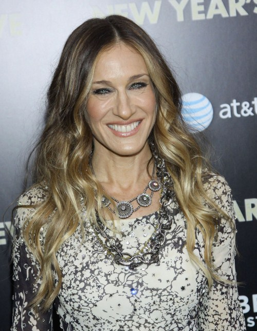 "Sarah Jessica Parker attends the NYC, NY premiere of ""New Years Eve"" on December 7, 2011."