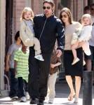 Brad Pitt & Angelina Jolie Holding Knox & Vievienne