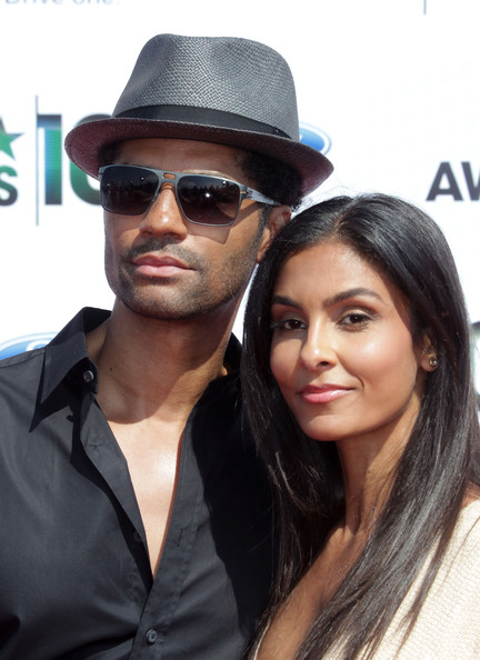 Eric Benet Manuela Testolini At The Bet Awards