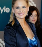 Actress Sarah Michelle Gellar arrives at 13th Annual Warner Bros. And InStyle Golden Globe Awards After Party at The Beverly Hilton hotel on January 15, 2012 in Beverly Hills, CaliforniaActress Sarah Michelle Gellar arrives at 13th Annual Warner Bros. And InStyle Golden Globe Awards After Party at The Beverly Hilton hotel on January 15, 2012 in Beverly Hills, California