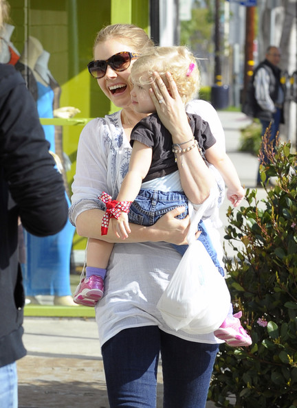 Amy Adams Lunch Date With Daughter Aviana