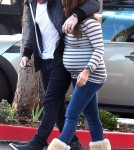 Hilary Duff with Mike Comrie at Starbucks in Beverly Glen (January 22)