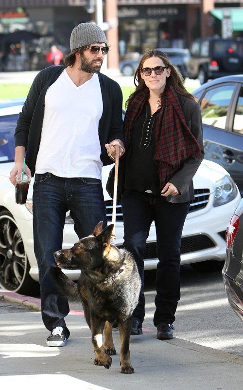 Ben Affleck and Jennifer Garner out together in Brentwood (January 25)