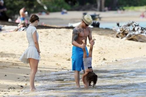 Jennifer Lopez & Casper Smart On Vacation