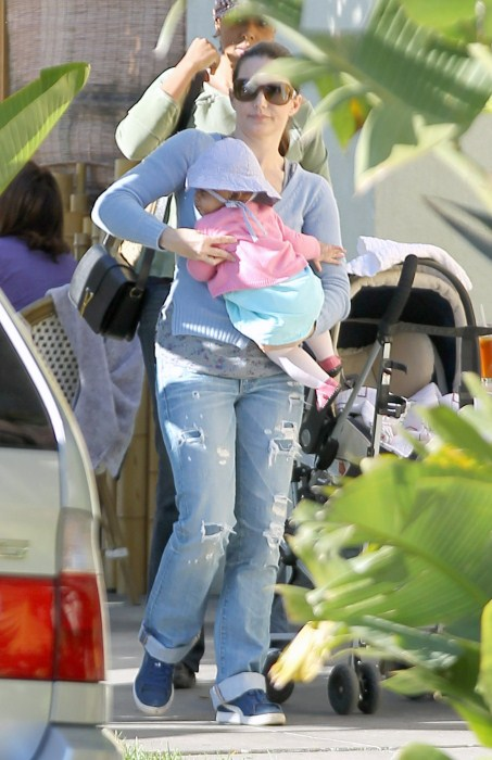 Kristin Davis Lunches With Daughter