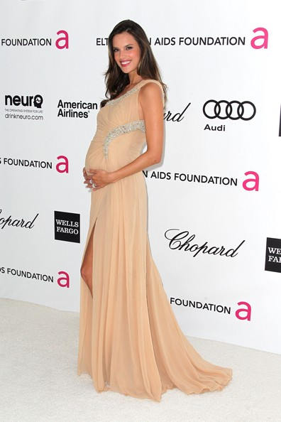 Alessandra Ambrosio Gives Birth