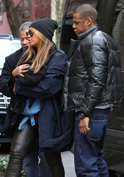Beyonce & Jay-Z Step Out With Daughter Blue Ivy