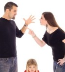 child_of_fighting_parents_9436231_XS_424x283 (450 x 300)