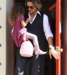 Gabriel Aubry picked up his daughter Nahla in Los Angeles, California on January 31, 2012.