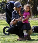 Gabriel Aubry takes daughter Nahla to the Los Angeles Zoo in California on February 19, 2012.