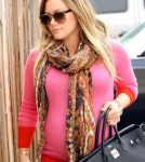 Hilary Duff arrives at a Hollywood office building