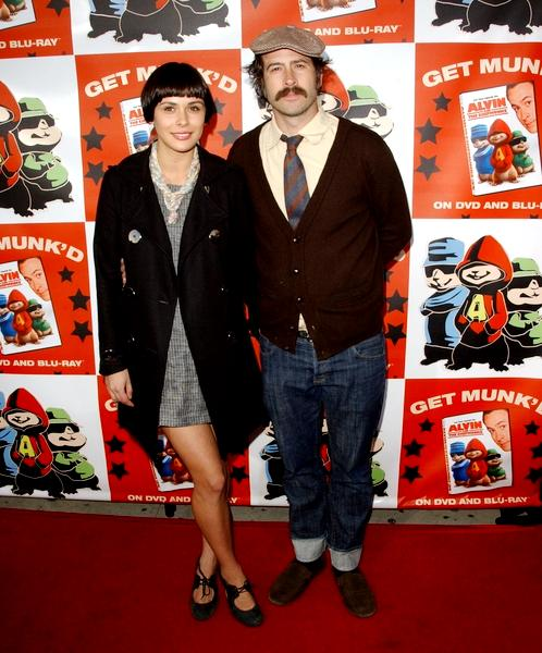 Jason Lee & Wife Expecting