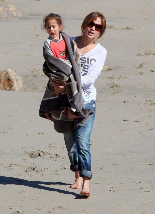 Jennifer Lopez Nicknames Children The Coconuts Celeb Baby Laundry