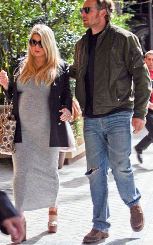 Jessica Simpson Ready To Pop