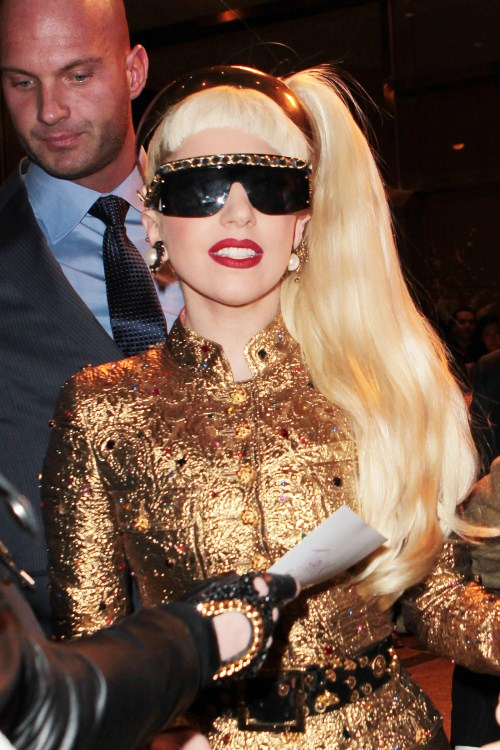 Lady Gaga Desperate To Have A Baby Within The Year
