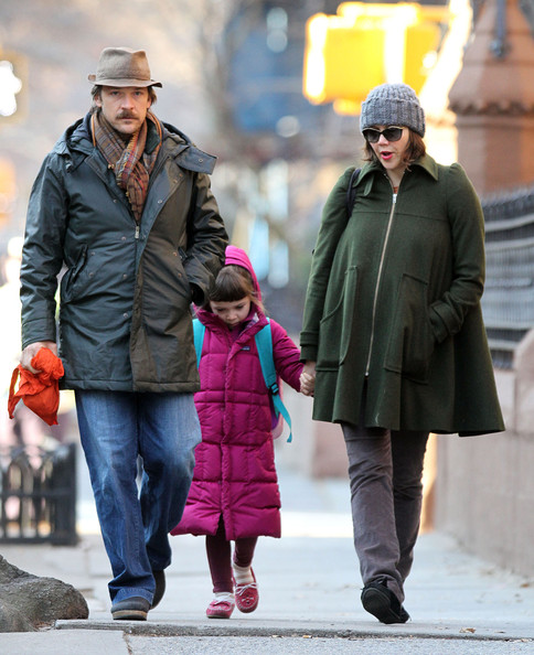 Maggie Gyllenhaal And Family Walk To Schoo
