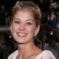 Former Bond Girl Rosamund Pike Is Pregnant