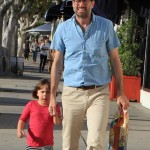 Jason Lee Welcomes Son Sonny
