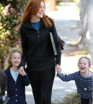 Marcia Cross spotted picking up her twin daughters Eden and Savannah from school in Santa Monica, California on March 19, 2012Marcia Cross spotted picking up her twin daughters Eden and Savannah from school in Santa Monica, California on March 19, 2012Marcia Cross spotted picking up her twin daughters Eden and Savannah from school in Santa Monica, California on March 19, 2012