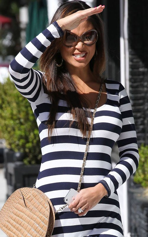 Vannessa Minnillo Lachey out in LA (March 15)
