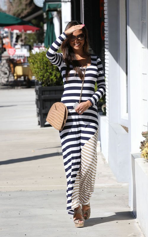 Vannessa Minnillo Lachey out in LA (March 15)