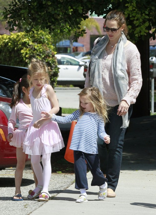 Violet and Seraphina Affleck hold hands after ballet 0429