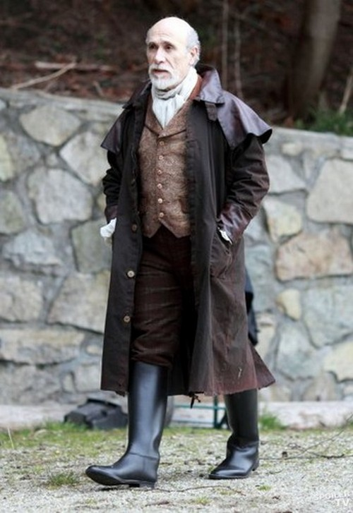Once Upon A Time Season 1 Episode 20 'The Stranger' Recap 4/28/12