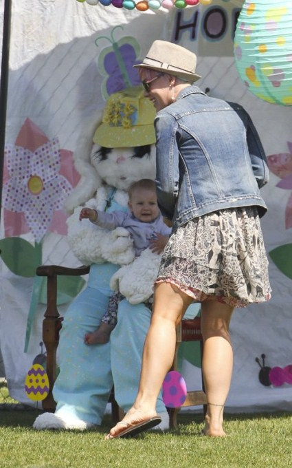 Pink And Carey Hart Introduce Willow To The Easter Bunny