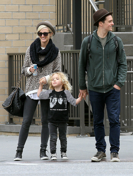 Ashlee Simpson and Vincent Piazza take her son Bronx for a walk in New York City.