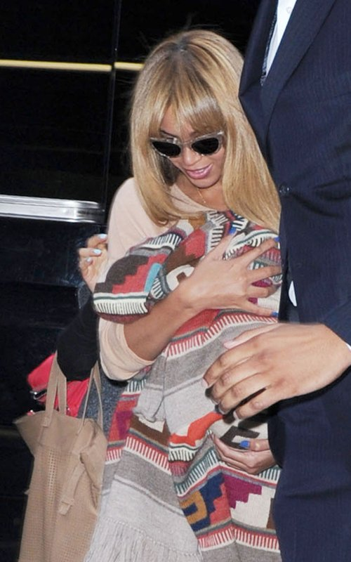 Beyonce out in NYC with Blue Ivy April 12