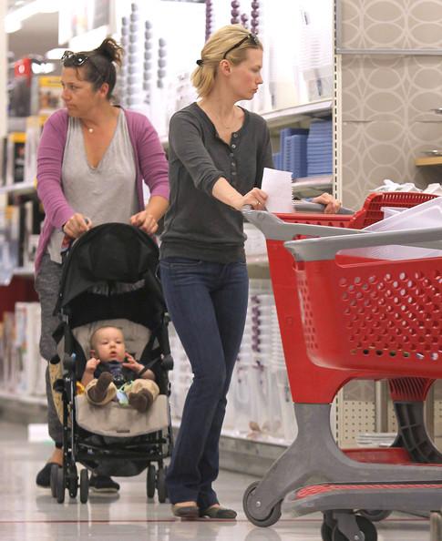 January Jones And Son Xander Shopping At Target