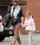 Jennifer Garner seen picking up her daughter Violet after a Ballet Class in Los Angeles.